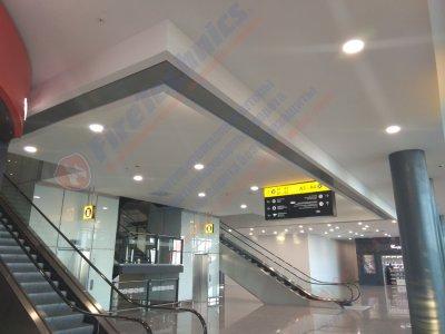 Противопожарные автоматические шторыFireshield «Гармошка» EI 120 в Международном Аэропорте